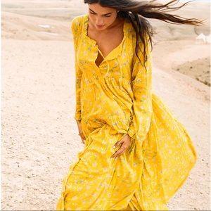 URBAN OUTFITTERS | Jorja Tiered Ruffle Maxi Dress
